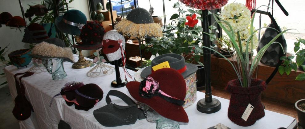 http://feltmakersfederation.com/wp-content/uploads/2015/07/Hats.jpg